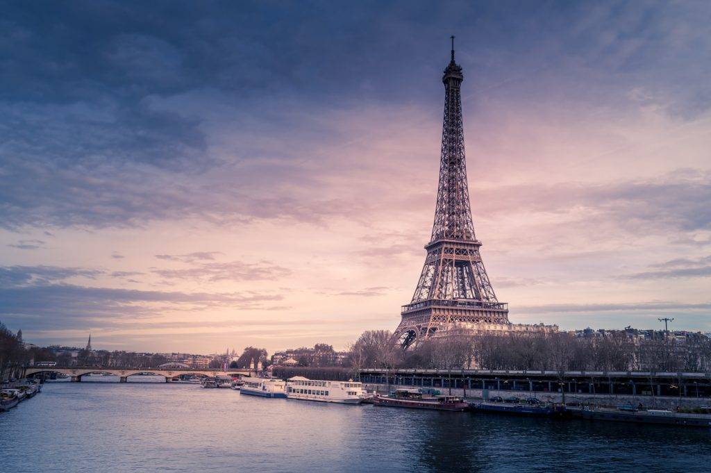 Finding English-speaking mental health support in France